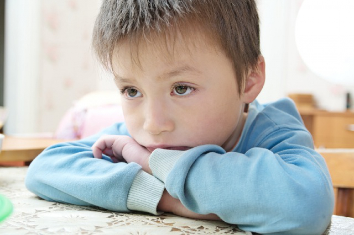 """- Det å systematisk bli utsatt for nedverdigende spydige stikk gjør en trist, en mister selvfølelsen, sier """"Stian"""". Illustrasjonsbilde: Shutterstock"""
