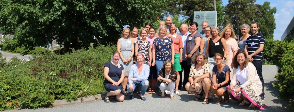 Deltakere og kursholdere i skjønn forening. Foto: Siri L. Thorkildsen