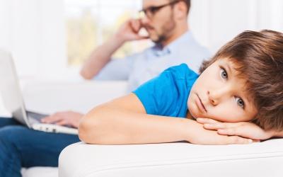 Vær påkoblet barna